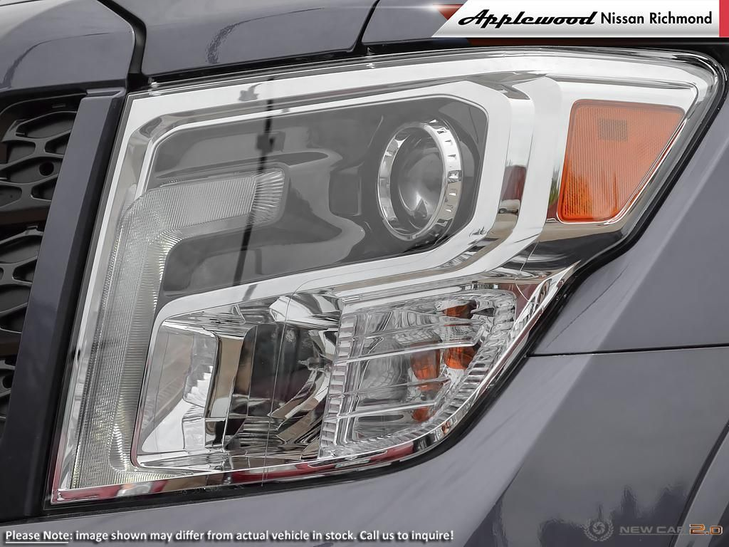 Nissan Titan PRO-4X Vehicle Details Image